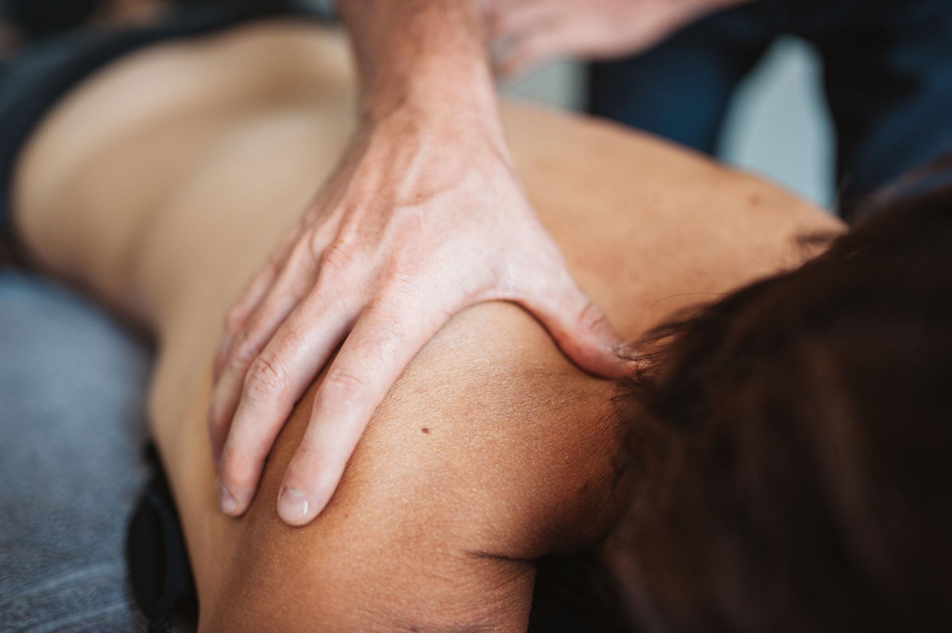 adrian massage therapie et training 59 - Accueil - Arkade Genève - Thérapie, training, bien-être