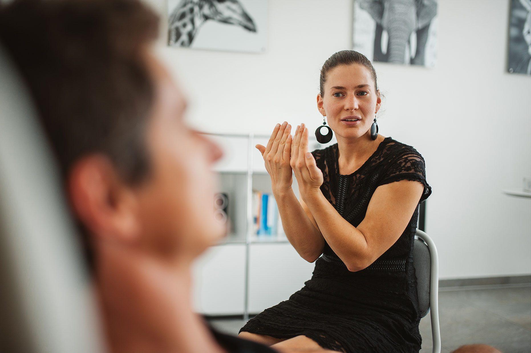 audrey hypnose arkade geneve therapie et training 62 e1503683194844 - Accueil - Arkade Genève - Thérapie, training, bien-être